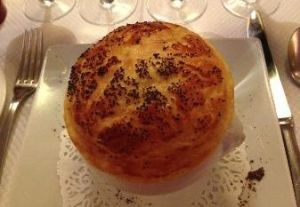 Escargot en Croute: le Petit Chatelet, Paris